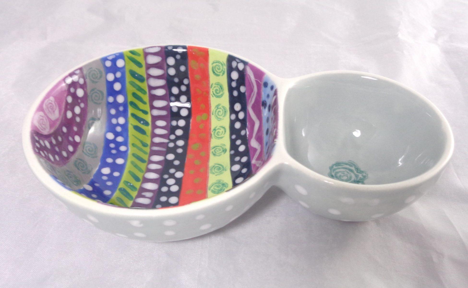Bemalte Keramik Doppelschale grau bunt