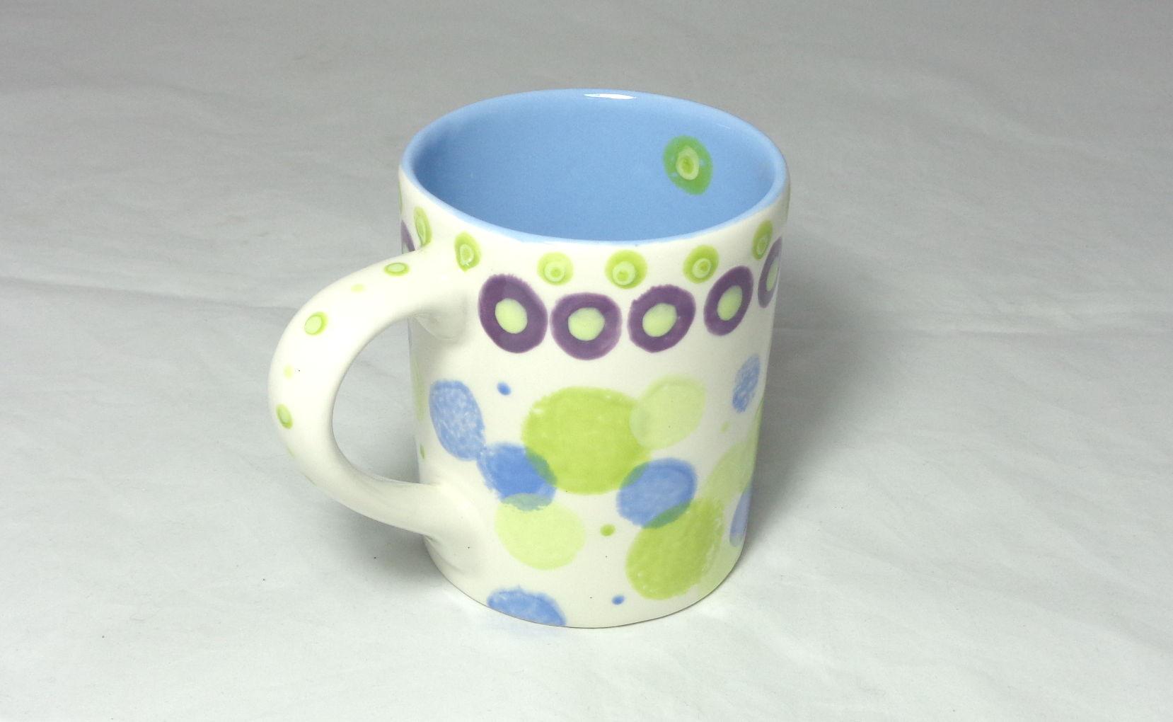 Bemalte Keramik Kaffeebecher No 3 getupft