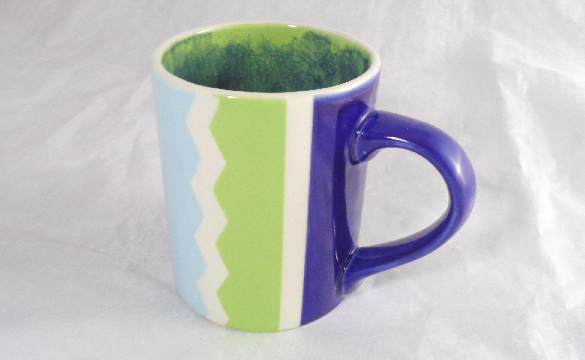 Bemalte Keramik Kaffeebecher grün-blau