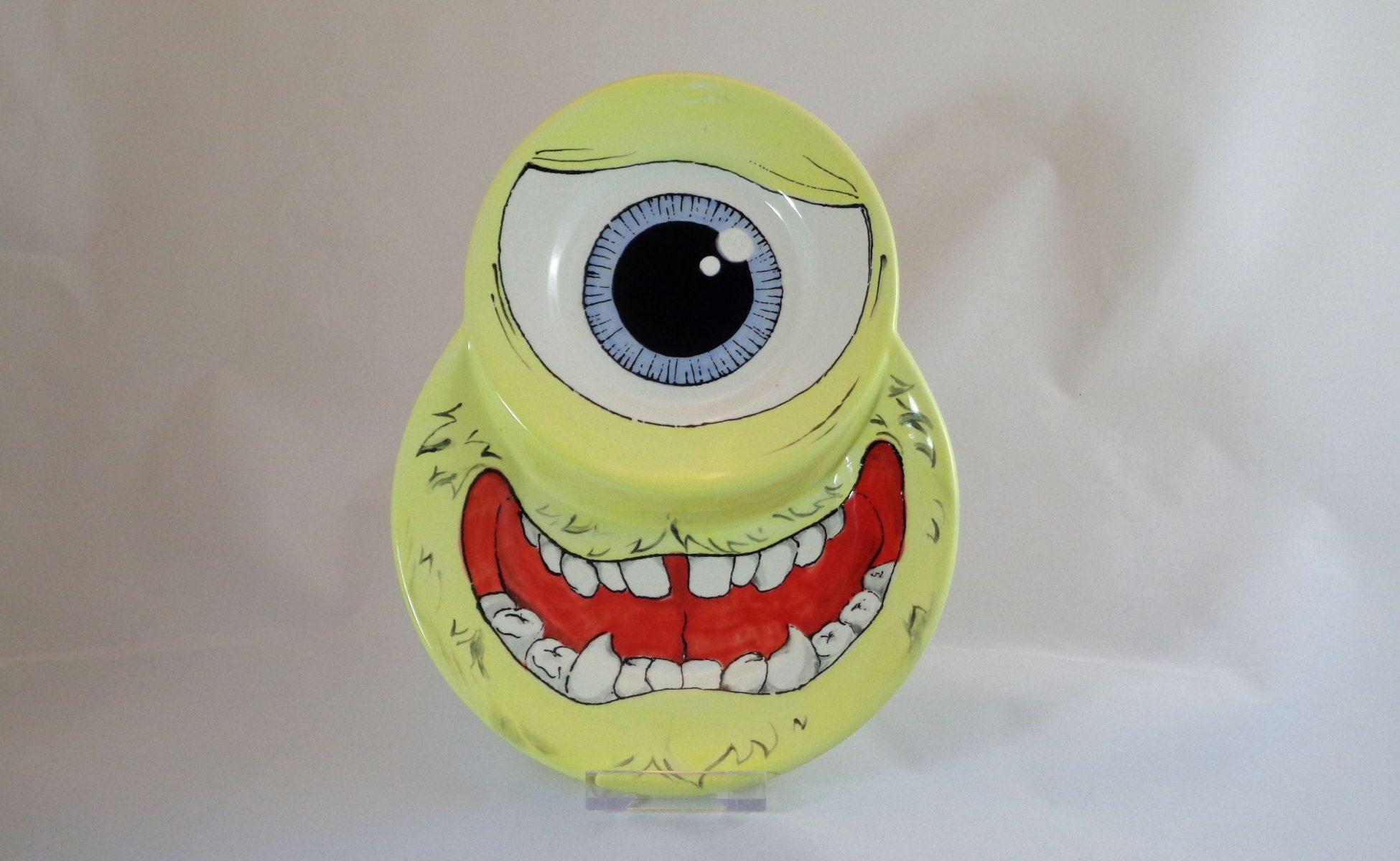 Bemalte Keramik Frühstücksteller Monster