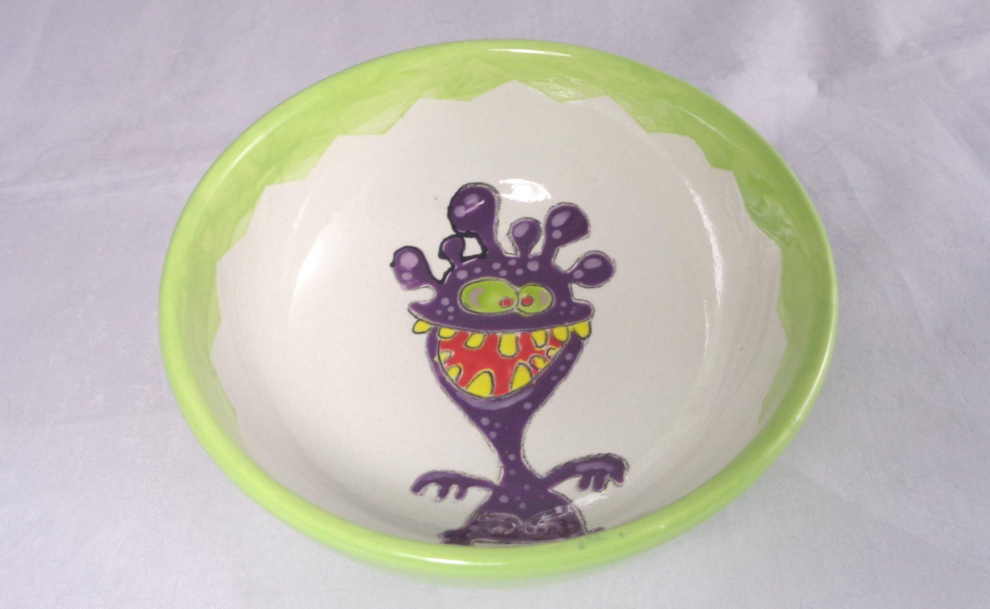 Bemalte Keramik Müslischale lila Monster