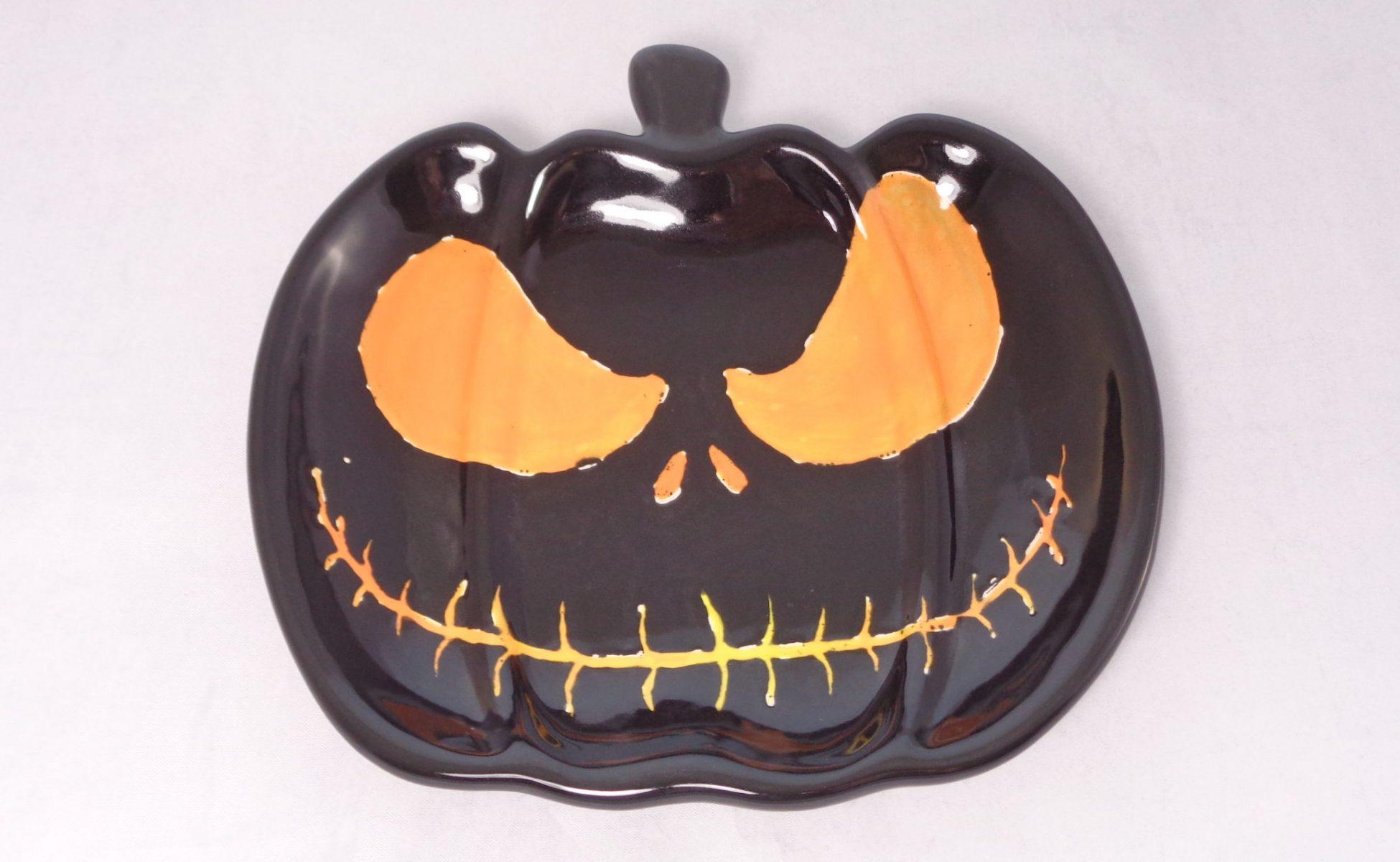 Bemalte Keramik Nightmare-Teller Halloween