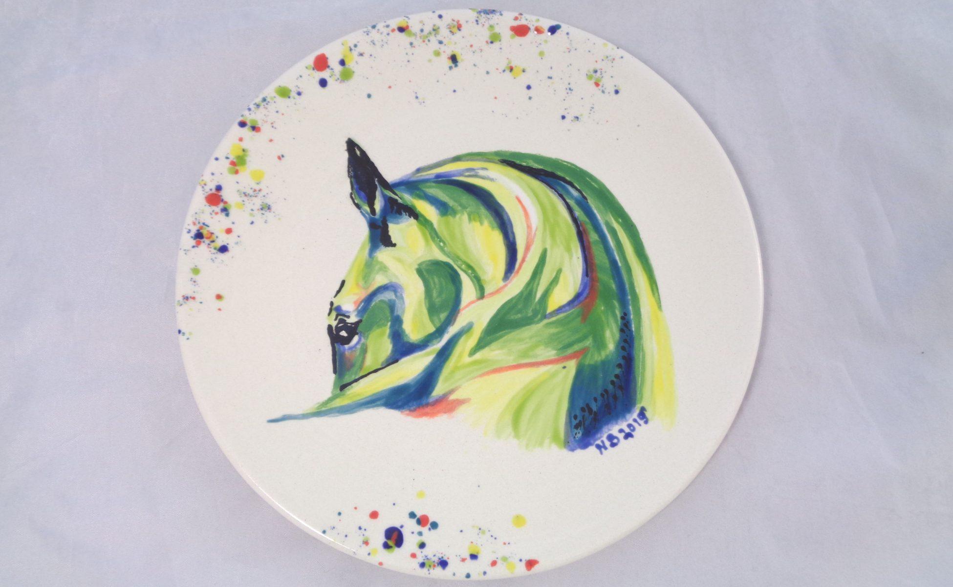 Bemalte Keramik Pferde-Set Teller klein