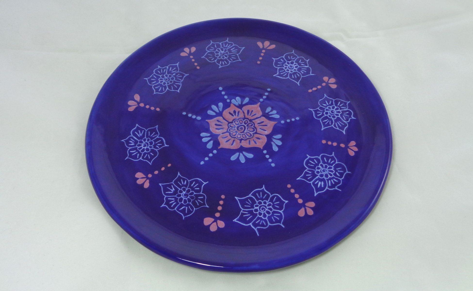 Bemalte Keramik Pizzateller Floral