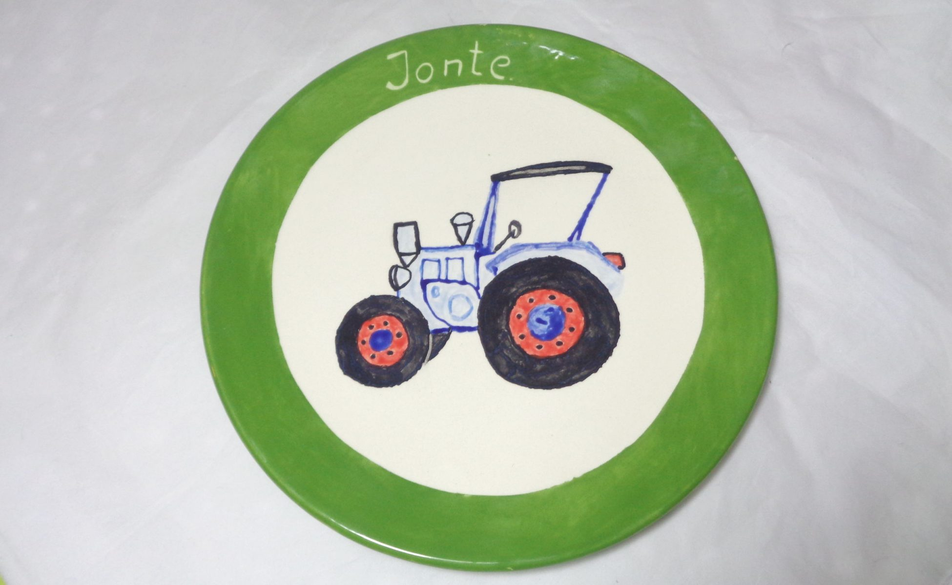 Bemalte Keramik Teller Traktor