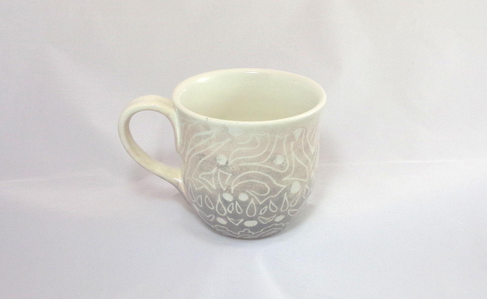 Bemalte Keramik Töpferbecher Ornamente