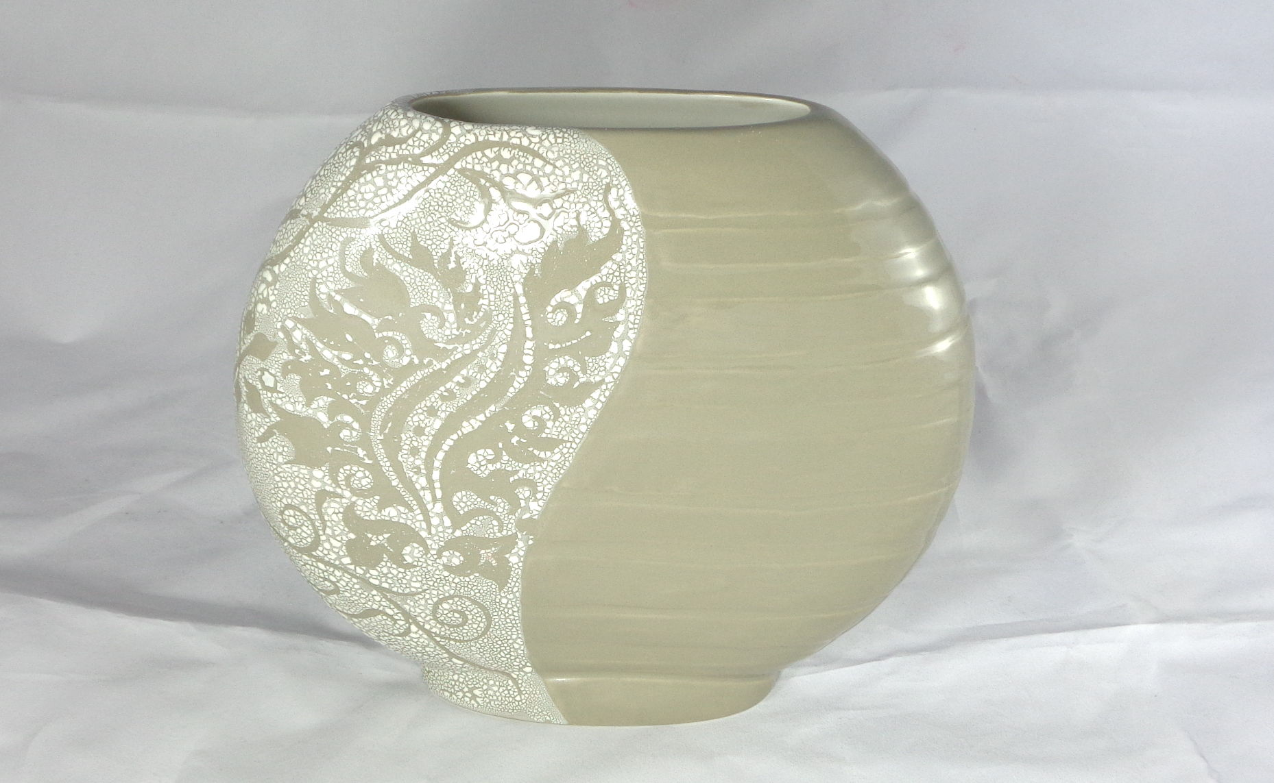 Bemalte Keramik Vase Diskus Cobblestone
