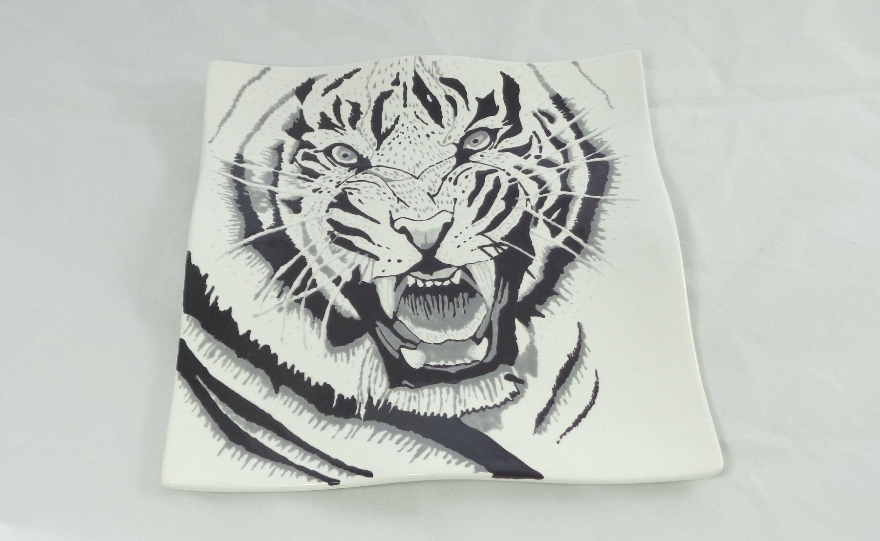 Bemalte Keramik Wellenteller Tiger