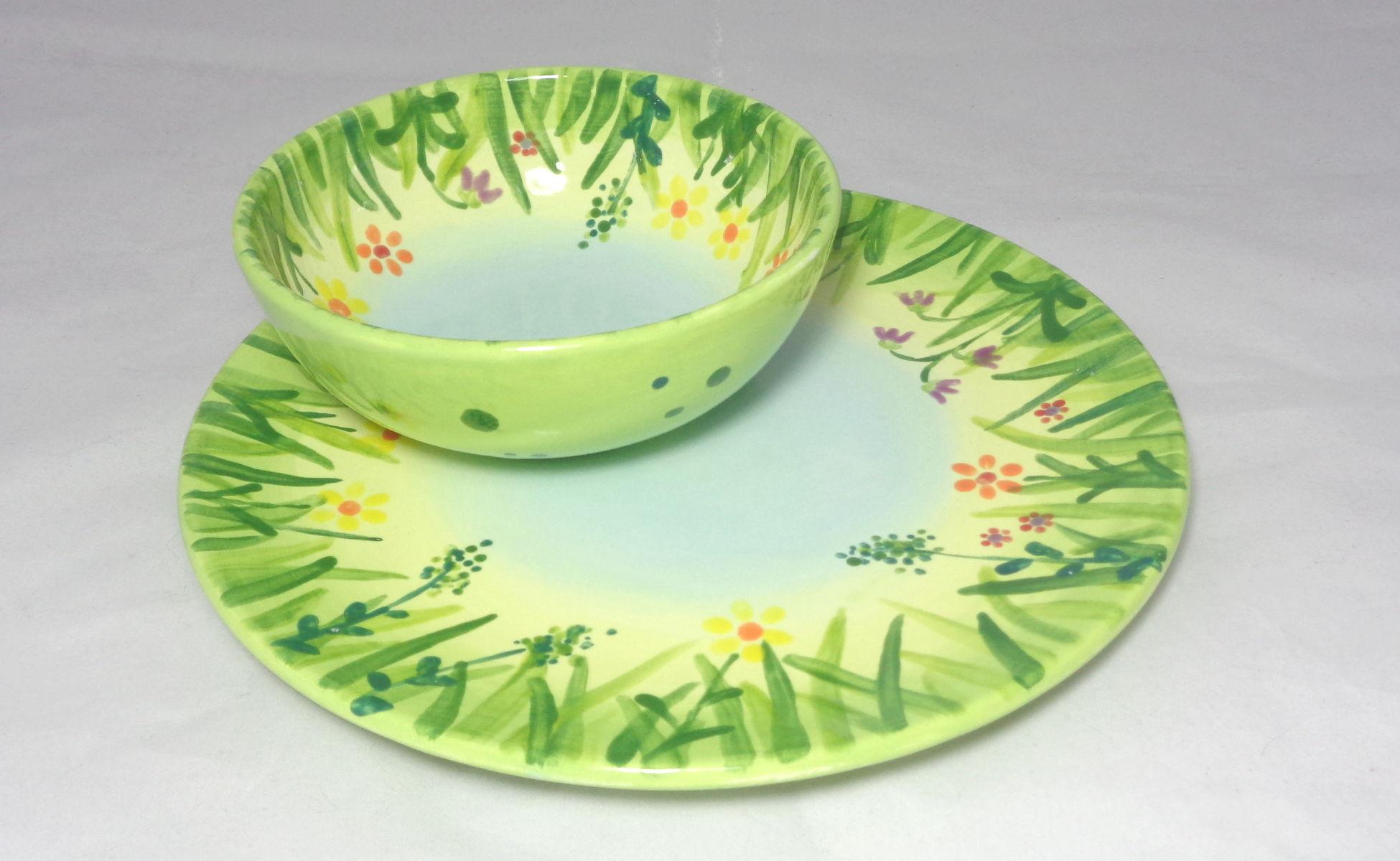 Bemalte Keramik Wiesen-Set Schale kleiner Teller