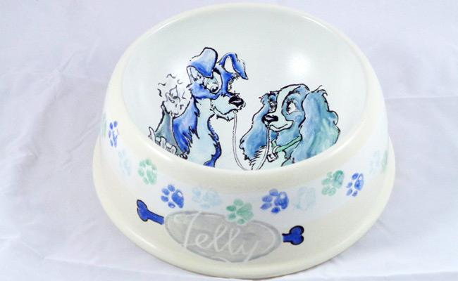 Bemalte Keramik Hundenapf