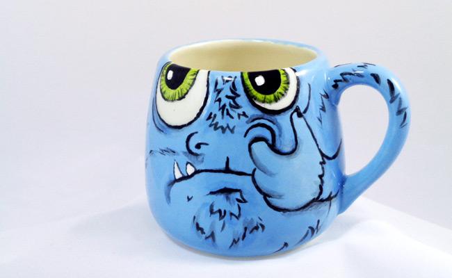 Bemalte Keramik Becher
